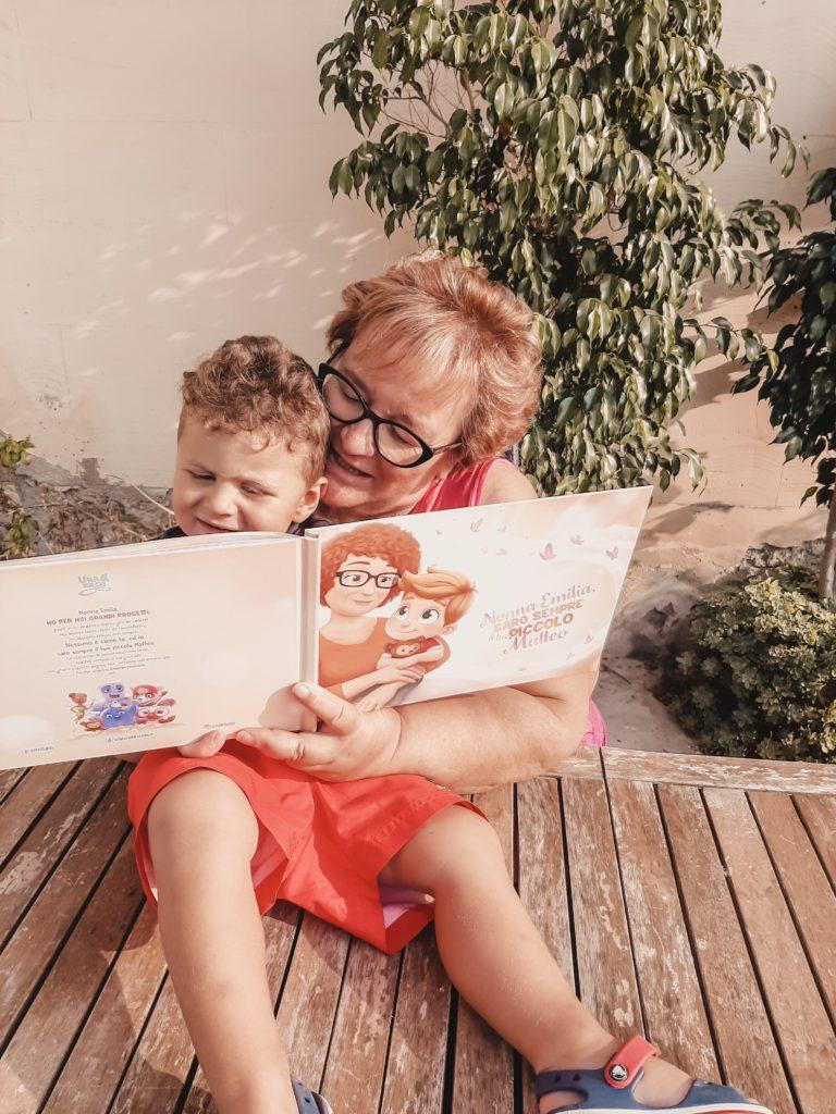 Libro per la nonna - Urra Eroi